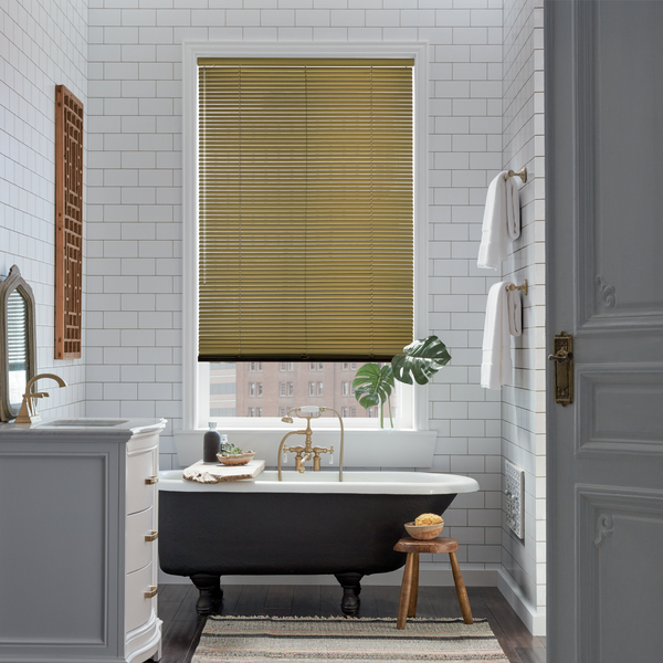 2017_HD Gold_Aluminum Blinds_Bathroom